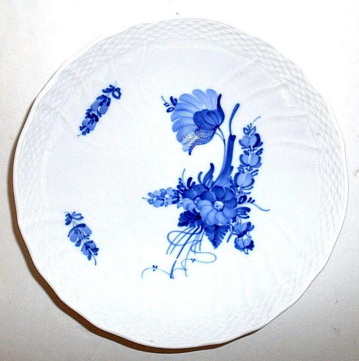 """ROYAL COPENHAGEN Blue Flowers Braided Serving Bowl 8.25"""" 10/1528 1973 Vtg EUC  #ROYALCOPENHAGEN"""