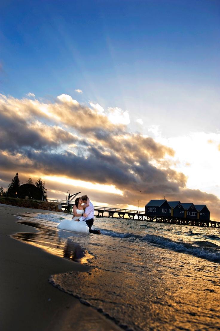wedding photography on the beach, busselton, Western Australia.  www.envywebsite.com