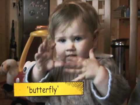 Adorable baby signing - SuperHands