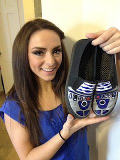 Bee-boo-bah-boo-bee-boop!: Geek, Crafty Intentions, R2 Shoes, Crafts Ideas, Gifts Ideas, R2 D2 Shoes, Driod Shoes, R2D2 Shoes, Diy