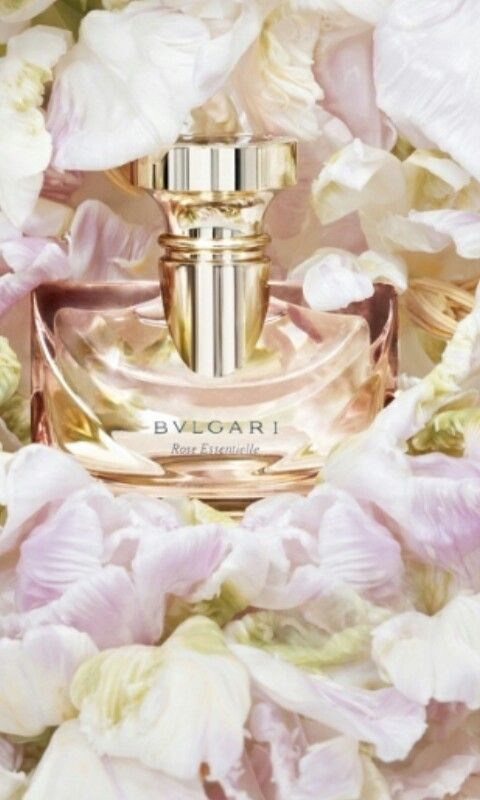 Rose Essentielle  Bvlgari, liked by www.cosmeticsdelux.blogspot.gr