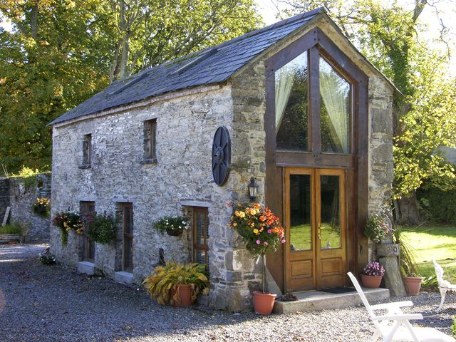 Cute stone house in County Meath which is also a rental...Holiday Cottage Ardcath, Bettystown Coast, County Meath | Holiday Home Rentals
