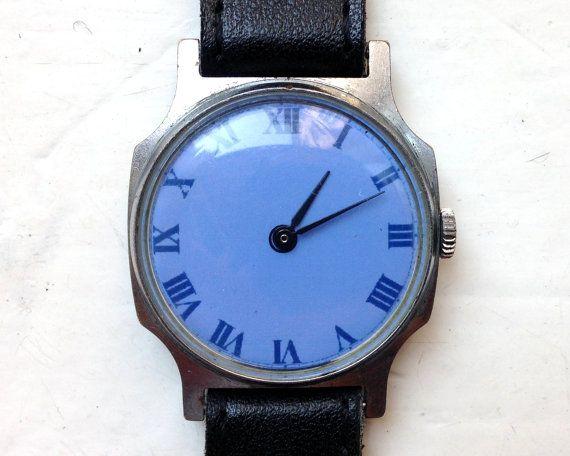 Sowjetische Uhren Russische Uhren Blaue Uhr von SovietWatches