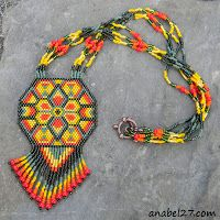 "Scheme pendant ""Native American sun"" - a mosaic weaving / peyote pattern"