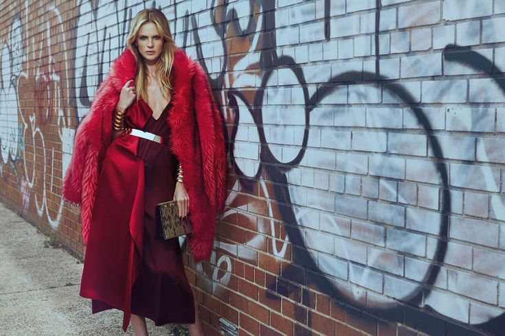 Anne Vyalitsyna in Vogue Portugal October 2016 by An Le