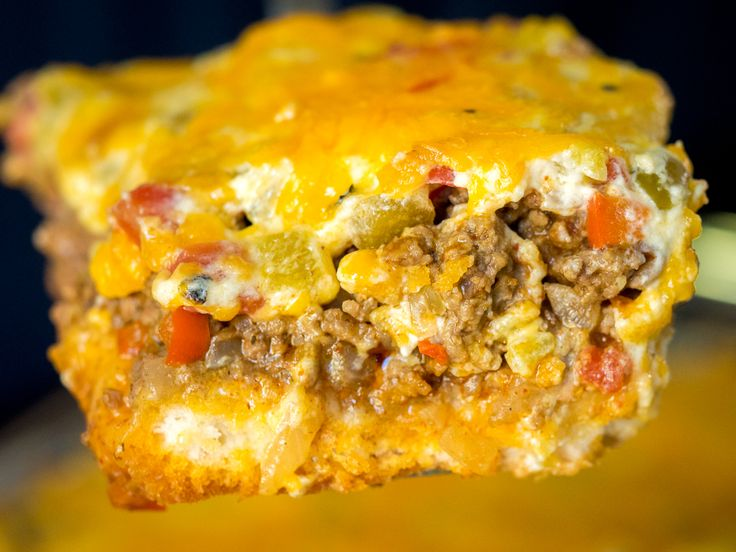 Cheesy Cattle Drive Casserole... Thinking about trying with refrigerator biscuits or Cresent rolls