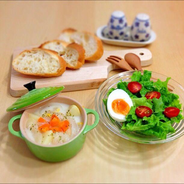 新玉ねぎたっぷりスープで、朝ごはん。