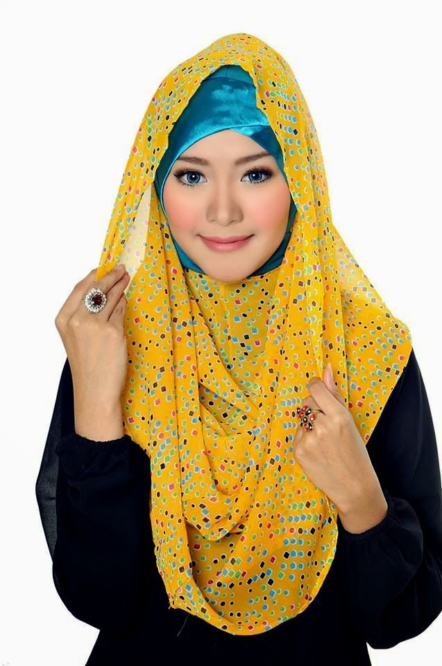 D'style Hijab menghadirkan Hijab fashion style motif Floral. Hijab Instant modern yang cantik ^_^ CHIFFON PRINTED PEAFOWL Type : Flip Back, Inner Exclude Material : Chiffon Price : IDR 65.000 Code : CPP-YELLOW Order : Pin BB 2A26B0A1 SMS 0823 1872 8888  KOLEKSI LENGKAP:  - http://pusatjilbabinstant.blogspot.com/ - https://www.facebook.com/pages/Pusat-Busana-Muslim-Modern-from-Dstyle-Group/519033388138429  Happy Shopping Thank You ^_^