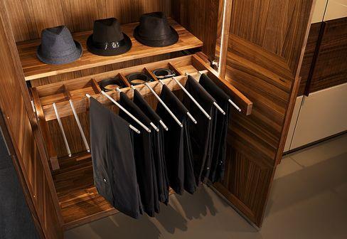 TEAM 7: valore relief closet
