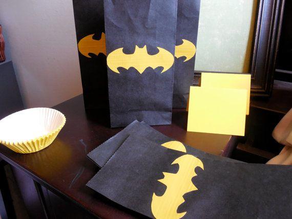 Batman Party Favor Bags by TruEnglishDesigns on Etsy