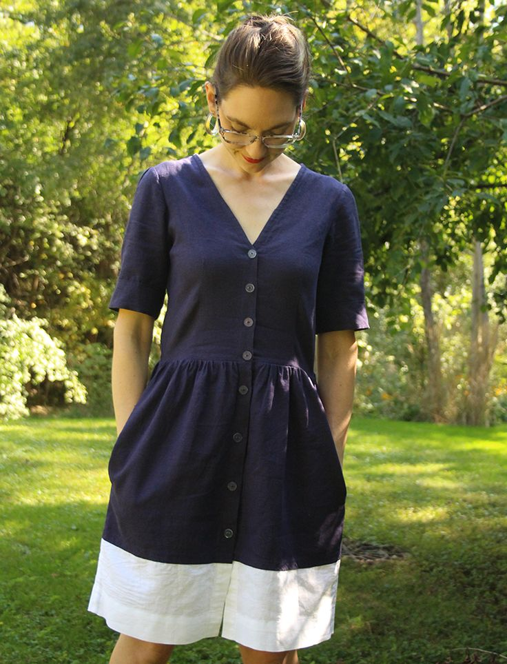 I used clear plastic buttons to give my Darling Ranges shirt dress a minimal vibe.