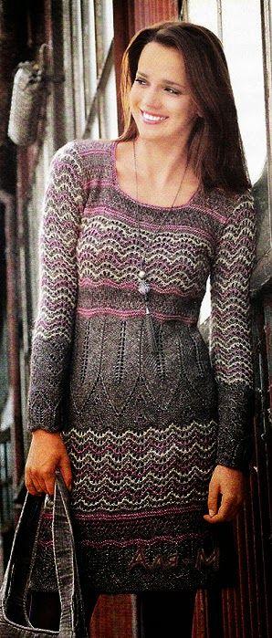 """Модели вязания: Платье спицами с узором """"зигзаг"""""""