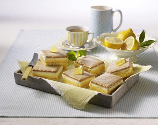 Unser beliebtes Rezept für Frischer Zitronenkuchen mit Butterkeksen und mehr als 55.000 weitere kostenlose Rezepte auf LECKER.de.
