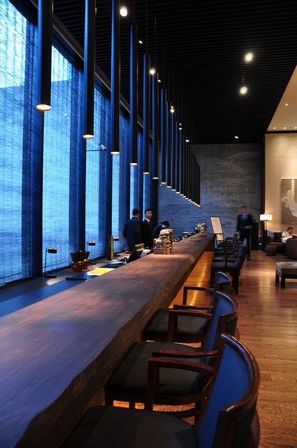The PuLi Hotel Long Bar & Restaurant Interior Design in Shanghai
