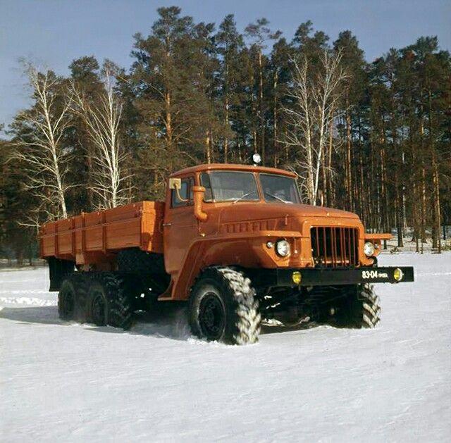 1970-82 Ural 375K