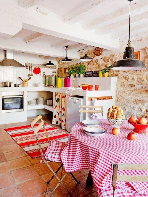 barevná letní kuchyň