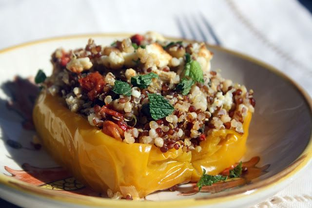 Stuffed bell peppers with quinoa!: Global Recipes, Peppers Stuffed, Mediterranean Twists, Roasted Peppers, Stuffed Belle Peppers, Mediterranean Recipes, Quinoa Stuffed Peppers, Recipes Cooking, Delicious Food