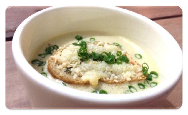 Garfo Publicitário   Blog de Gastronomia e Culinária: Sopa de Cebola Francesa