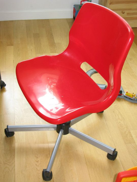 Red Desk Chair Ikea Revolving For Baby Diy Stand Up Simple Home Design
