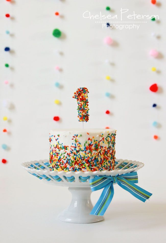 Sprinkles smash cake