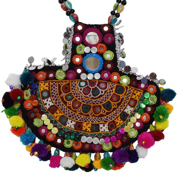 Kutchi Bharat Necklace For Chaniya Choli. #navratri2015 #chaniyacholi #handmade fashionvalley.in