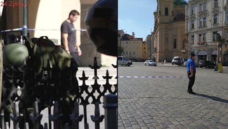 Na Staromáku zasahoval policejní pyrotechnik: Musel prověřit opuštěný kufr