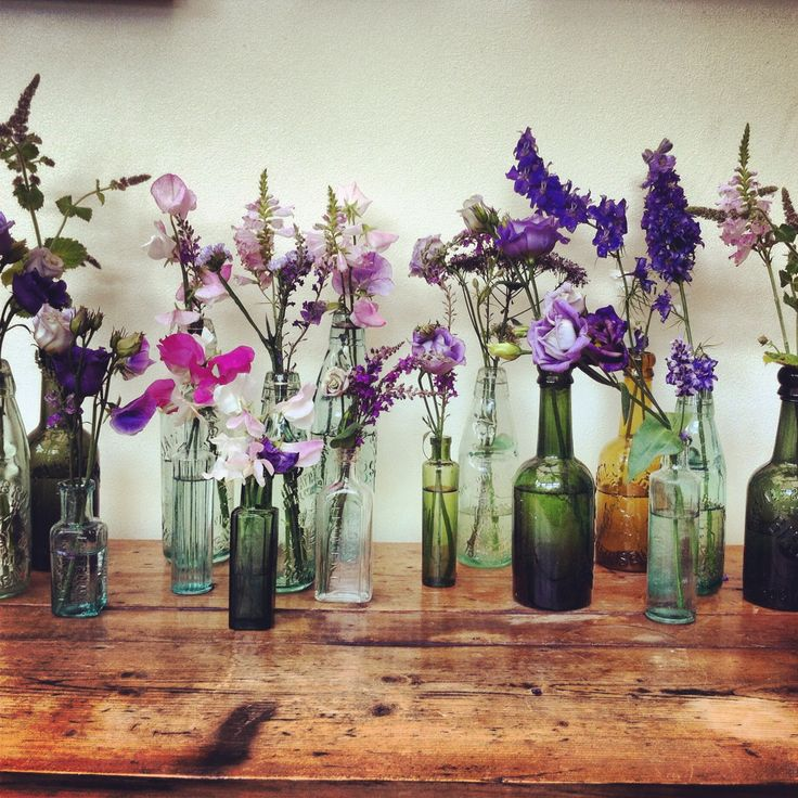 Flower Arrangements In Wine Bottles: Best 25+ Vintage Flower Arrangements Ideas On Pinterest