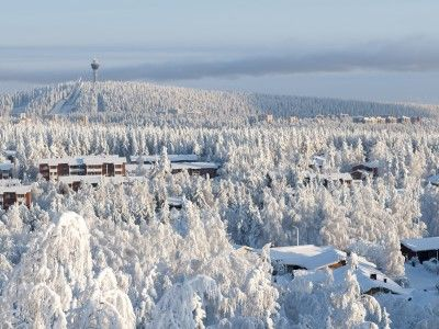 Best views in Finland The Puijo Tower, topped with a restaurant, offers fabulous views of the surrounding lake district. It is also the starting point for good summer trekking trails and ski routes in winter.