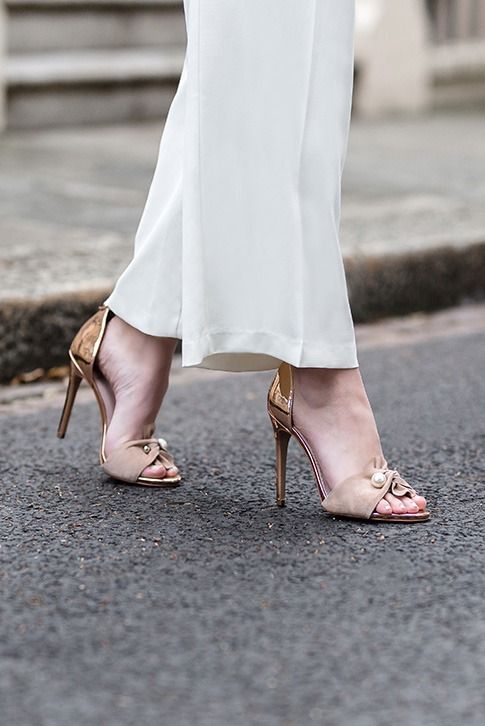 Hermione suits special occasions to a tee thanks to her slender 110mm heel, embellished toe strap and leg-slimming ankle closure. From KG Kurt Geiger, this sultry heel comes in versatile nude for an adaptable finishing touch.