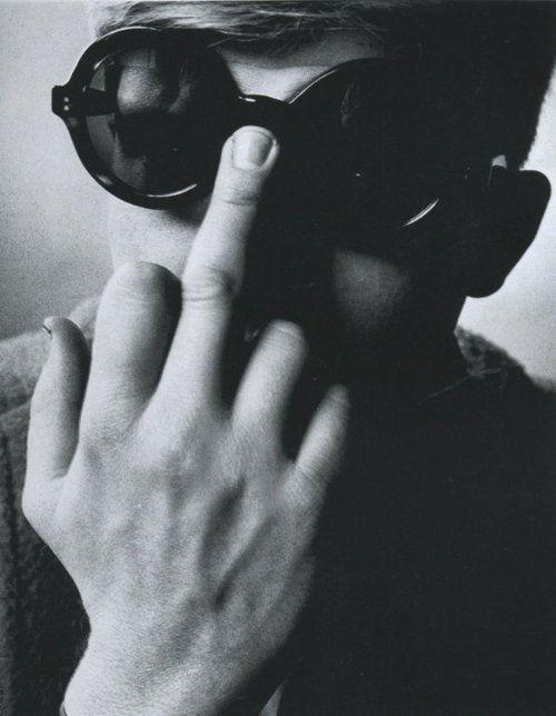 Andy Warhol - Vogue
