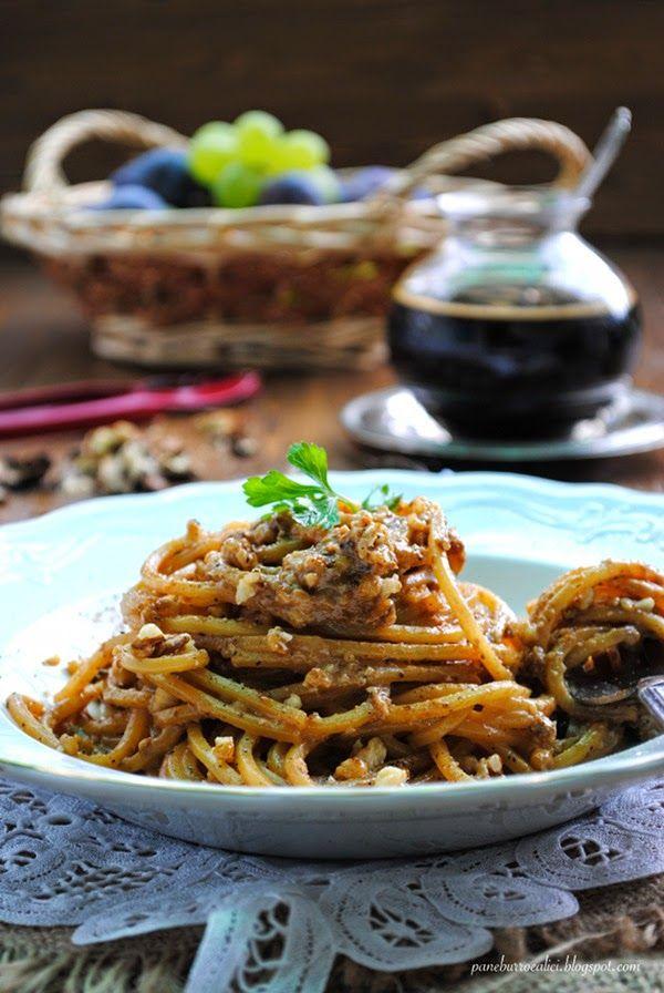 Pane, burro e alici: Il mostocotto e Taste Abruzzo--spaghetti al pesto di noci, pecorino e mosto cotto--