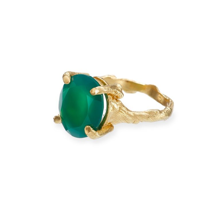 Drop In The Wild Ring Green Onyx in Gold