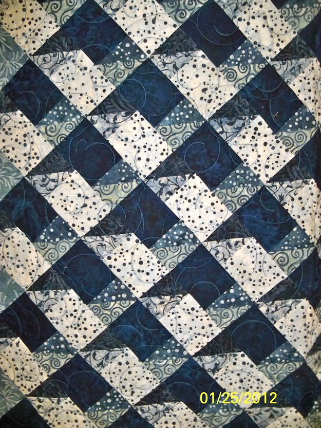 SAME block ON POINT, monochromatic color scheme   * * * * *    (989) 635-0300  Sisters in Quilting  http://sistersinquilting.com    Address  6407 Morris St.  Marlette, MI 48453: Color Schemes, Monochromatic Color