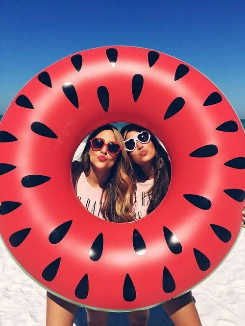 Imagem de summer, girl, and friends