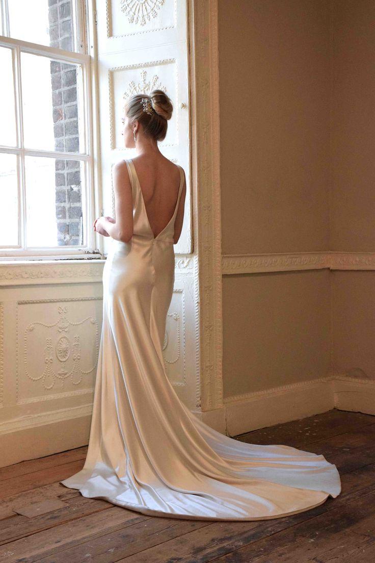 Loren Gown www.edwinaarya.com