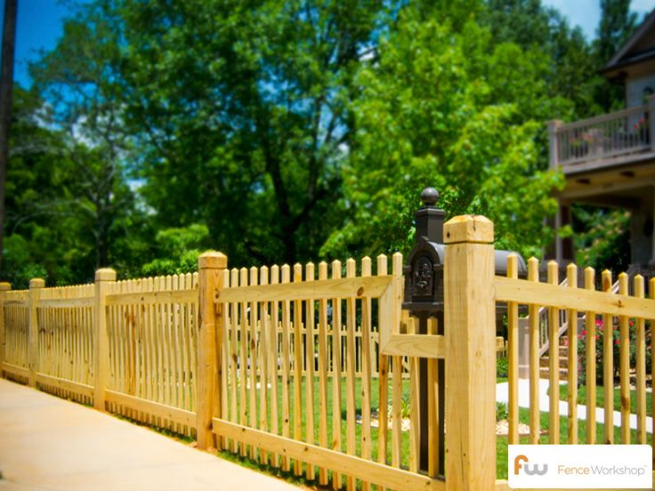 the cobb wooden fence