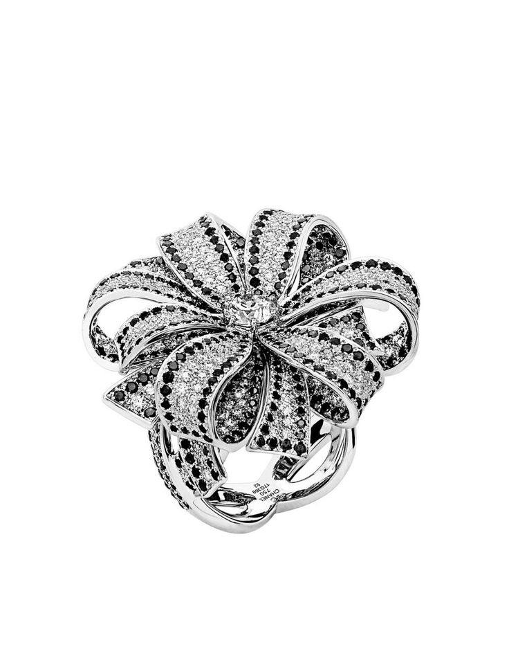 Chanel Camellia Ring in 18K white gold, white and black ...