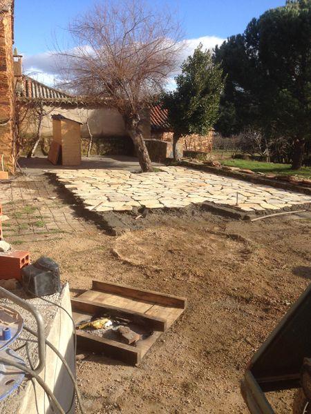 15 best images about pavimentos suelos revestimientos - Colocar piedra natural ...