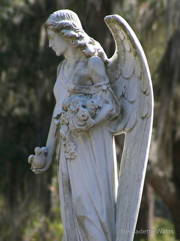 best stone angels images cemetery angels angel cynthia s angel at savannah s bonaventure cemetery