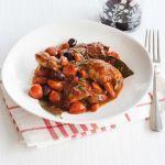 Vuoi conoscere uno dei modi più gustosi di cucinare il pollo? Prova alla cacciatora, con la ricetta di Sale&Pepe.