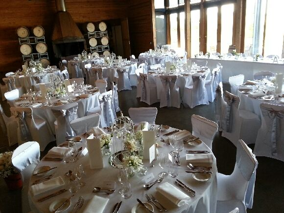 White Wedding table round, classy wedding table arrangement, wedding reception venue at Frogmore Creek Wines
