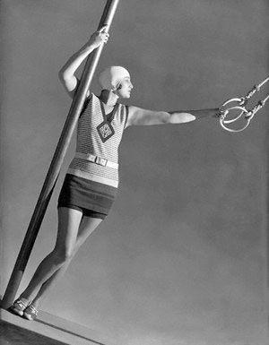 Ensemble de bain Jean Patou (George Hoyningen Huené, 1 juillet 1928, pour Vogue)