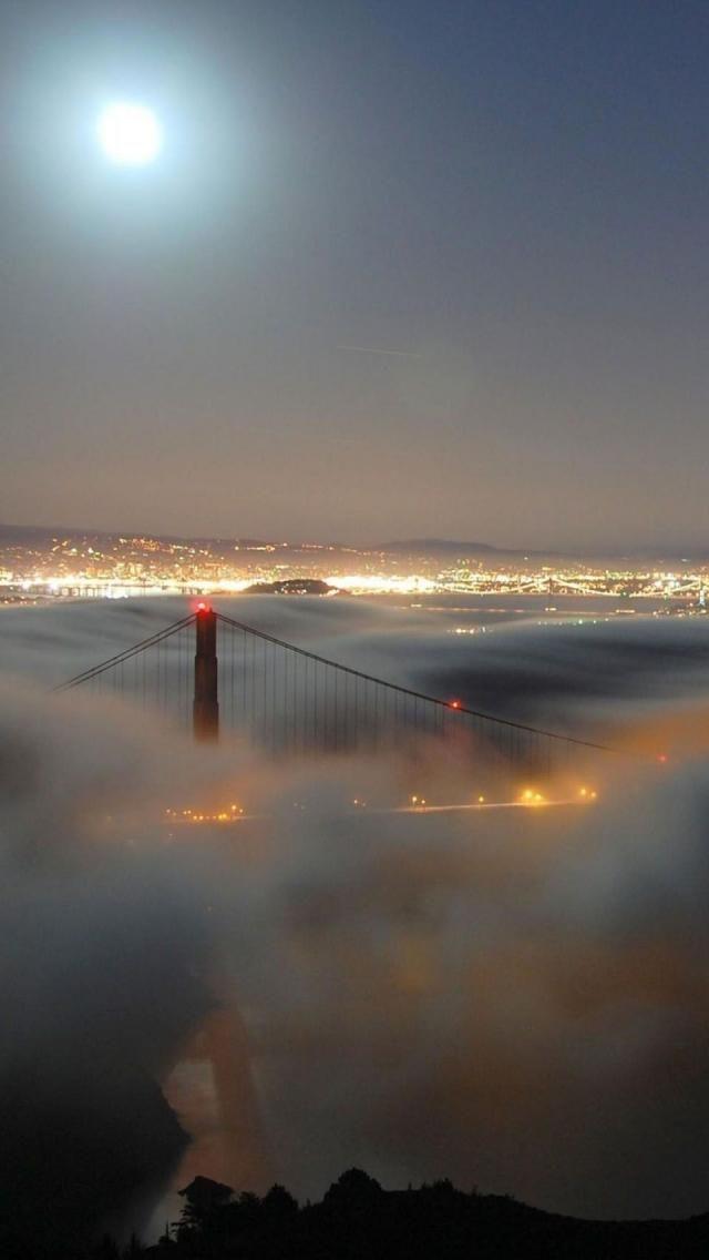 Fog, Golden Gate Bridge, San Francisco, California, United States,