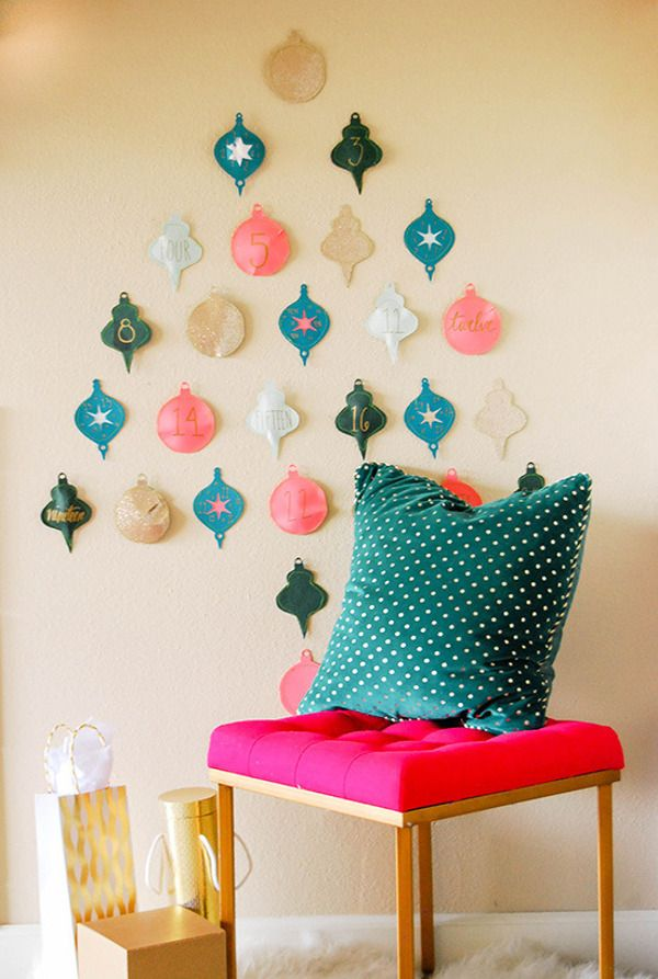 Roundup: 14 Colorful and Modern DIY Advent Calendars