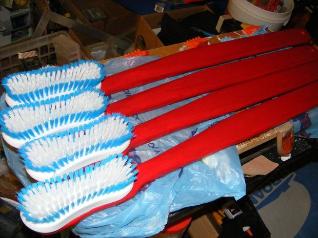 Huge Toothbrush | Giant Toothbrush : The Brush Off
