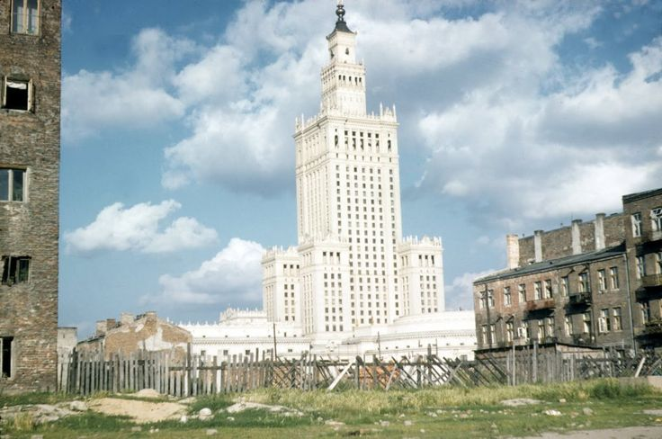 1950s/60s. Photograph by John Herman Schultz. Newly built Palace of Culture and Science strongly contrasting with ruins of the rest of the city.