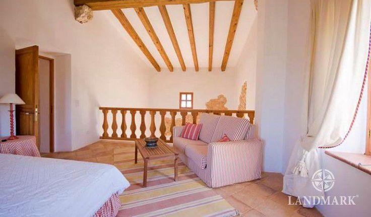 Finca Felanitx   Schlafzimmer auf dem Zwischengeschoss Mallorca Spanien