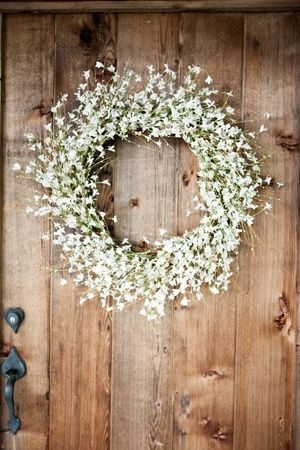 Babies Breath Wreath - momma can make these!