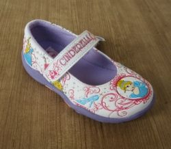 sepatu anak disney Princess Disney Princess shoes  http://www.sarangsepatu.com