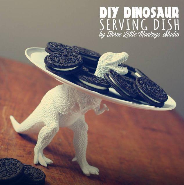 Dino dish